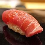 日本橋蛎殻町 すぎた - 鮪の中トロ