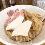 麺奏 ハモニカ - 料理写真:ミートカレーつけ麺 大盛り