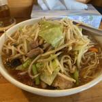 中華食堂 万華 - 料理写真:野菜ラーメン醤油味(¥850)+麺大盛(¥100)