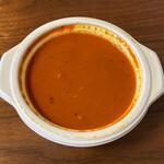 エベレスト キッチン - バターチキンカレー(2辛)