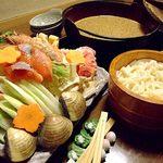 琴櫻 - 料理写真:まさに佐渡ヶ嶽部屋直伝!しめには本格手打ちうどんで満腹です。