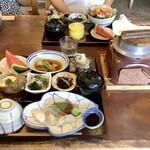 朝日屋 - 料理写真:朝日釜めし膳 2,500円(税込)