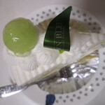 ル・ジャルダン・ブルー - メロンのショートケーキ・上より