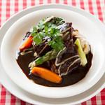 欧味食卓サラマンジェ・ガラ - 牛肉の赤ワイン煮込みブルゴーニュ風