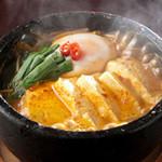 焼肉トラジ - アツアツ具だくさん鍋