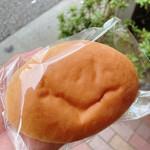 小麦と酵母 濱田家 - ニコニコマークに見える?