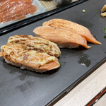 立ち食い鮨 鈴な凛 - 炙りサーモンマヨと塩