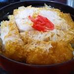 寿し政 - 料理写真:大きな丼一面に敷かれたカツ!堂々たるカツ丼!