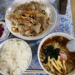 黄龍 - 「豚バラスタミナ焼肉定食」@850   「小ラーメン」は希望すると付けてくれるサービス品。