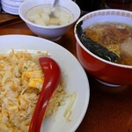 錦華楼 - 料理写真:半チャンセット(醤油ラーメン)