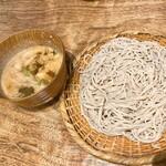 蕎麦と天ぷら やまうち - ネギとゴマのつけ蕎麦