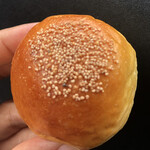 Boulangerie Queue - こしあんぱん アップ