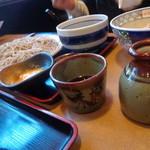 味奈登庵 - 普通の蕎麦汁もいただきました