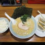 麺家 浜風 - Aセット(ラーメン(並)、半ライス、半ギョーザ)