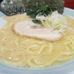麺家 浜風 - ラーメン(並)アップ