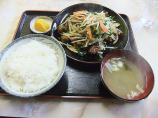 大黒食堂 - ニラレバ炒定食