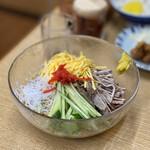 ラーメン 天 - 料理写真:冷やし中華 900円
