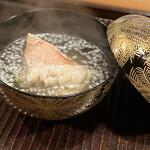 157318292 - 生姜に負けない出汁の風味が素晴らしい椀物!