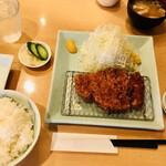 157327586 - 特ロース豚カツ定食