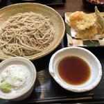 つだぬまや - 料理写真:鮎とハーブえびの天ぷらせいろ