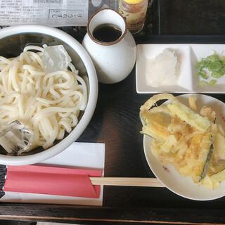 寿提夢 - 料理写真:ぶっかけうどん ¥600