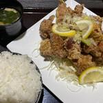 鳥さく - 料理写真:夏限定 ねぎ塩たれ10個定食979円(ごはん大盛り無料)