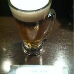 立呑み厨房 いち - 生ビール380円。プレミアムモルツはやっぱり美味しい♪