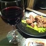 立呑み厨房 いち - これには赤ワイン290円にして合わせてみた◎