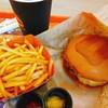 ウマミバーガー - 料理写真:ウマミバーガーのアメリカンチーズトッピング
