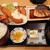 普通の食堂いわま - フライ盛り合わせとさばの煮付け定食
