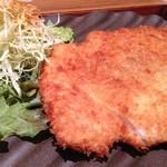 鶏水炊き・焼鳥 健美宴