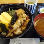 よこかわ - 【2012年10月】「焼鳥丼」