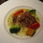 15739757 - 【加賀コース/5,500円】の魚料理(この日は鯛のソテー)