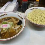 うれっ子 - 料理写真:つけ麺(¥750)+大盛(¥100)