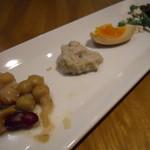 15740970 - 韓国惣菜5品