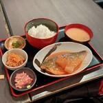 肴や 呉平 - さばの味噌煮定食