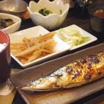 ミルクホール - 秋刀魚塩焼定食