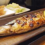 ミルクホール - ワタの甘い新鮮な秋刀魚