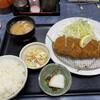 港や - 料理写真:ロース定食(1,000円)