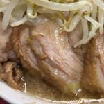 157417947 - ラーメン二郎三田本店(豚)