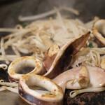 月島もんじゃ こぼれや - こぼれや海鮮と特選肉の盛り合わせ
