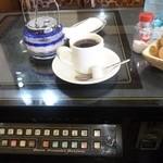 矢車 - 2012.11 スイッチは切られていましたがテーブルはテレビゲームタイプ