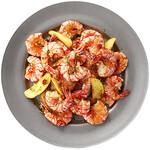 神戸クック・ワールドビュッフェ - 『ガーリックシュリンプ』揚げたてのエビとポテトをガーリックオイルに絡めたハワイの名物料理! エビの旨味と食感をお楽しみください♪