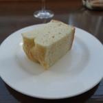 千疋屋レストラン BIWAWA - パン