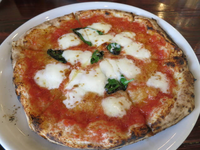 Pizzeria ロロディナポリ