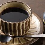 茶房 武蔵野文庫 - ドリンク写真:ブレンドコーヒー