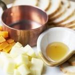 瓢箪 - 《宴会コース4000円の中の一品》 チーズ2種盛り