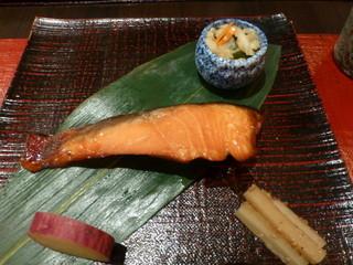 おくやま - サケの西京焼き