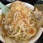 岡山らぁめん 麺屋照清 - 味噌チャーシュー麺 ネギ追加