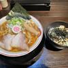 宝来軒 - 料理写真:煮干し中華ソバ チャーシューごはん